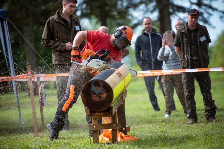 4 év után rendeztek ismét regionális fakitermelő versenyt Nagykanizsán