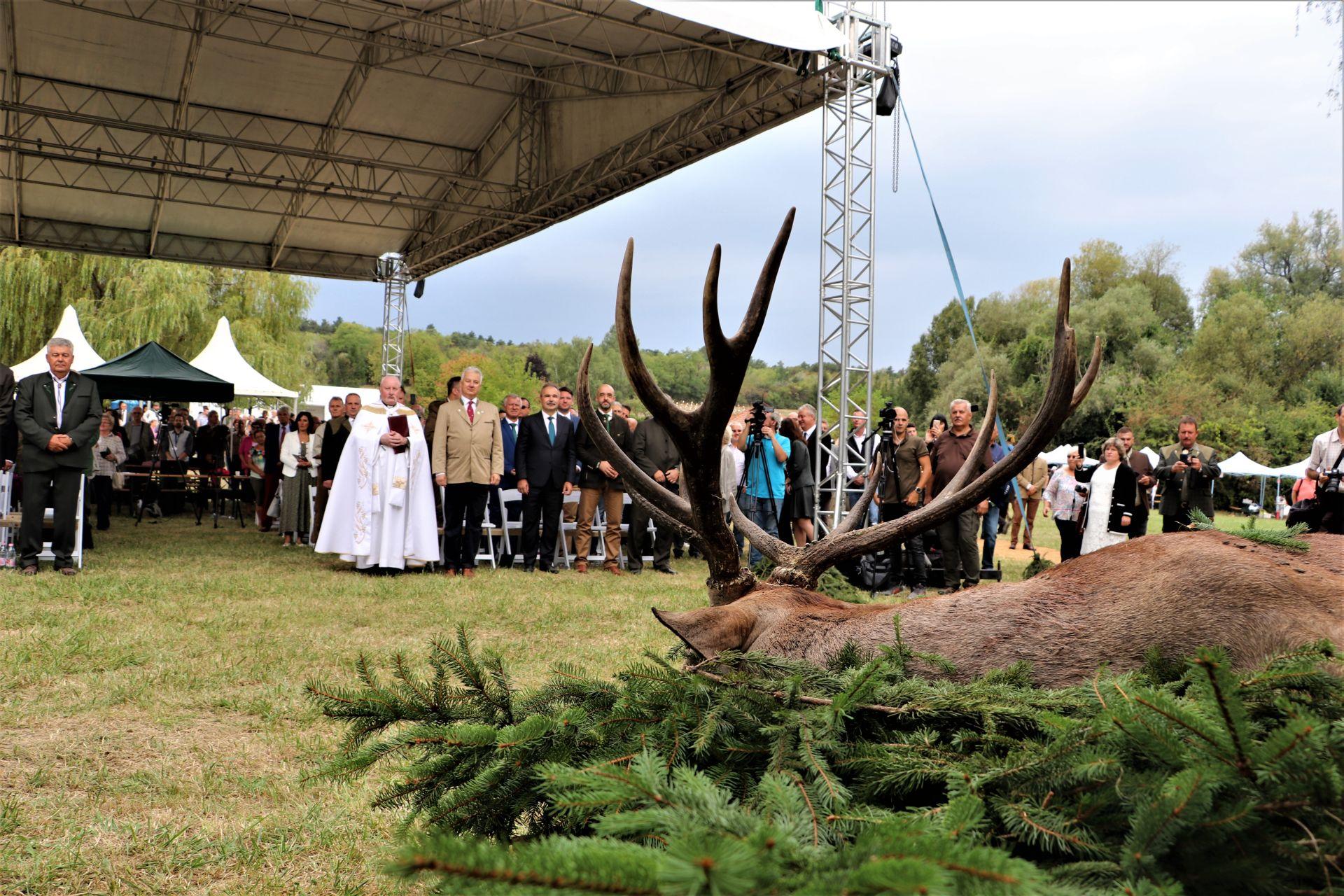 Országos Vadásznapot és Vadgasztronómiai Fesztivált rendeztek a Sokorói Arborétumban