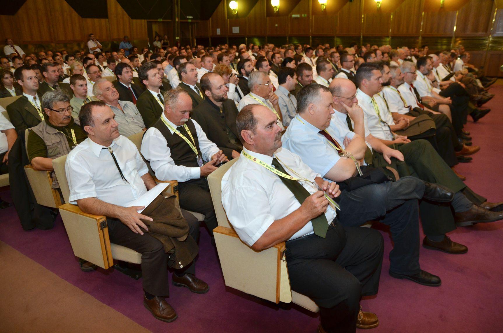 Átadták a 146. OEE Vándorgyűlés egyesületi kitüntetéseit és az Év erdésze díjait