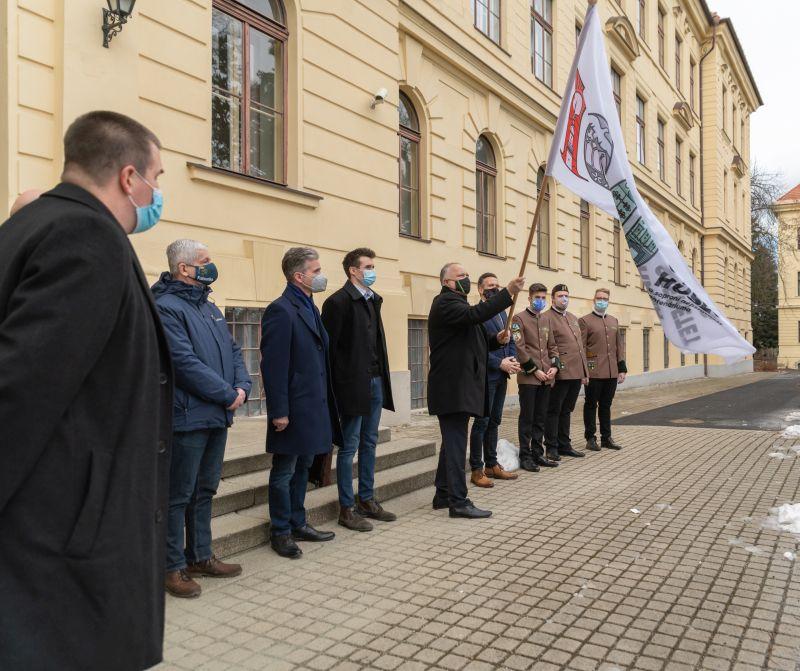 Felkerült a centenáriumi emlékév lobogója a Soproni Egyetemre