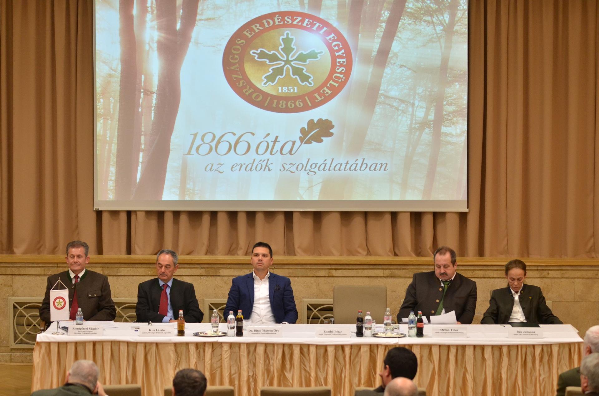 Több stratégiai terület kívánja meg a kormányzat és az OEE együttműködését