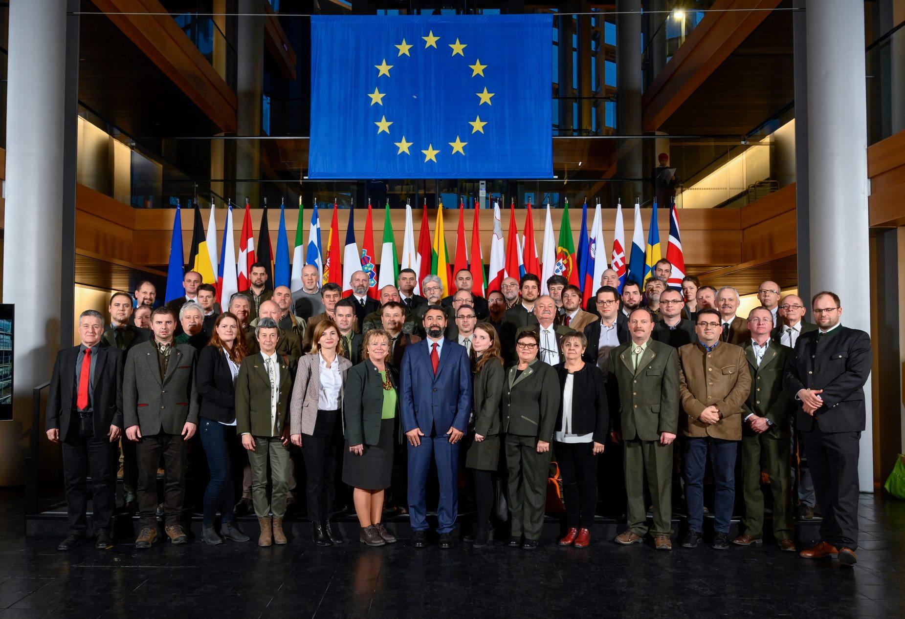 Kárpát-medencei magyar erdész küldöttség járt az Európai Parlamentben