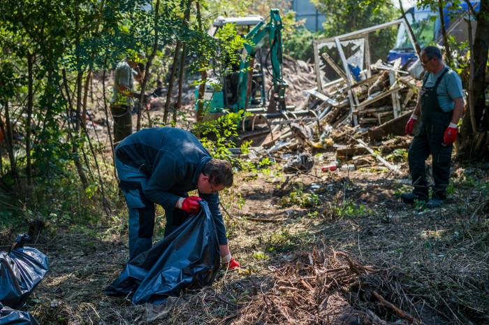 Folyamatos az illegálisan lerakott hulladékok felszámolása