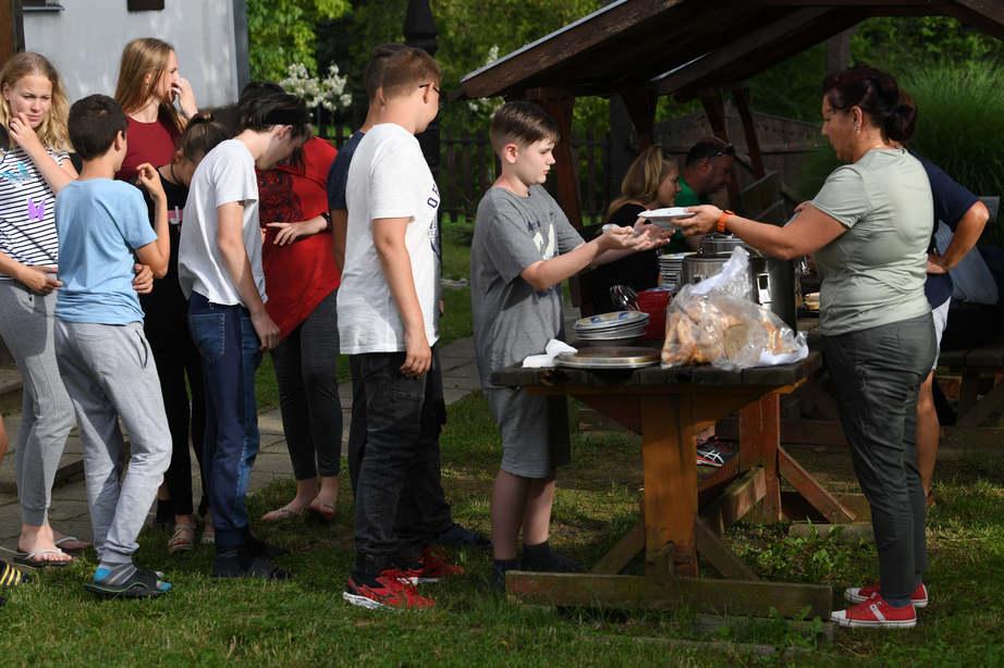 A természet lágy ölén táboroznak a fiatalok a Zselicben - Erdei Vándortábor Somogyban