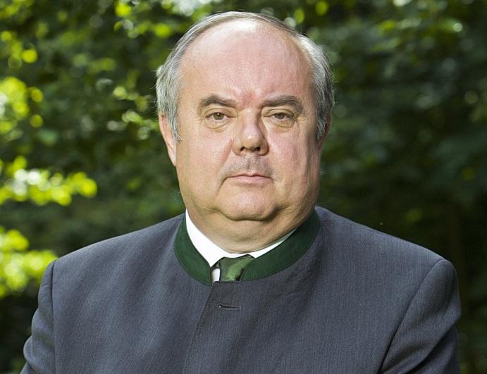 Lemond tisztségéről az Országos Erdészeti Egyesület elnöke