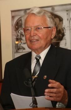 Solymos Rezső dr.